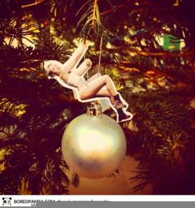 miley-cyrus-wrecking-ball-christmas-ornament-21__605